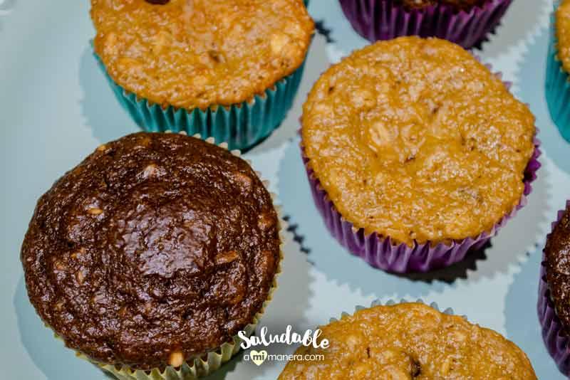 Muffins de banana avena y chocolate