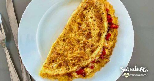 Omelet De Queso Con Pimiento Rojo Y Cebolla