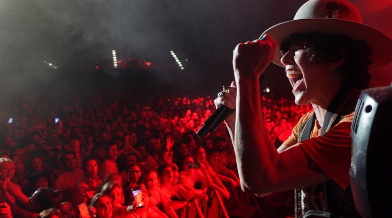 LP to offer worldwide concert livestream on Nov. 14
