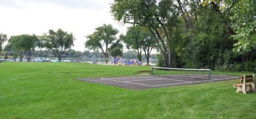 Bayview Park  |  Pickleball Court & Playground