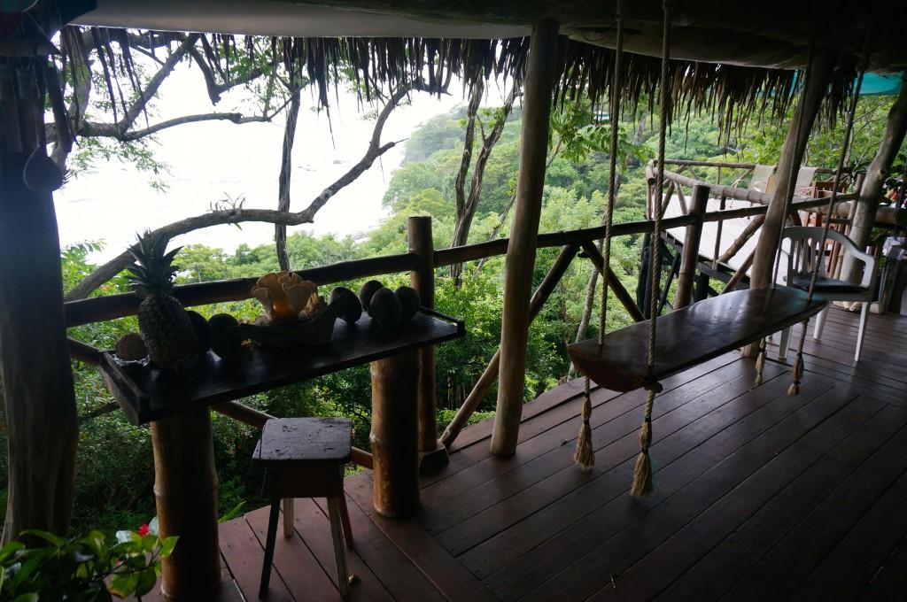 tara moss ladyhattan travel blog luxury costa rica tree tops beach vacation
