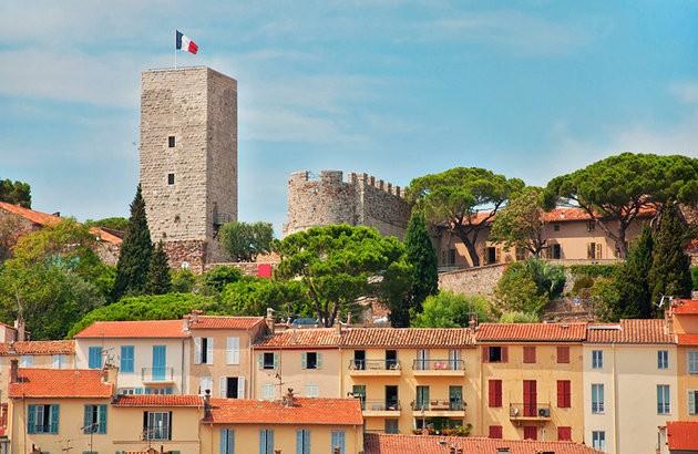 france-cannes-suquet ladyhattan luxury travel blog France feature