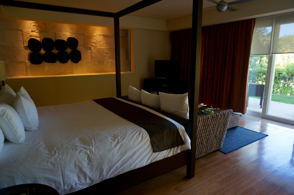 ladyhattan travel blog blue diamond hotel rooms