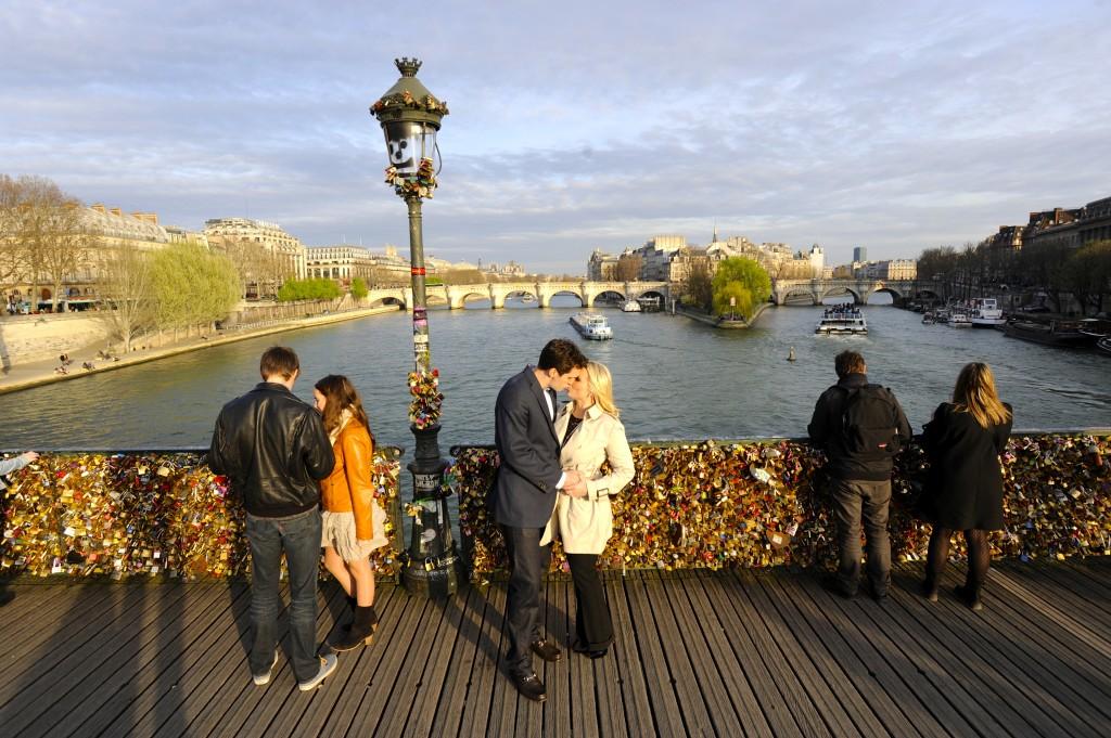 ladyhattan travel blog paris france photography diary