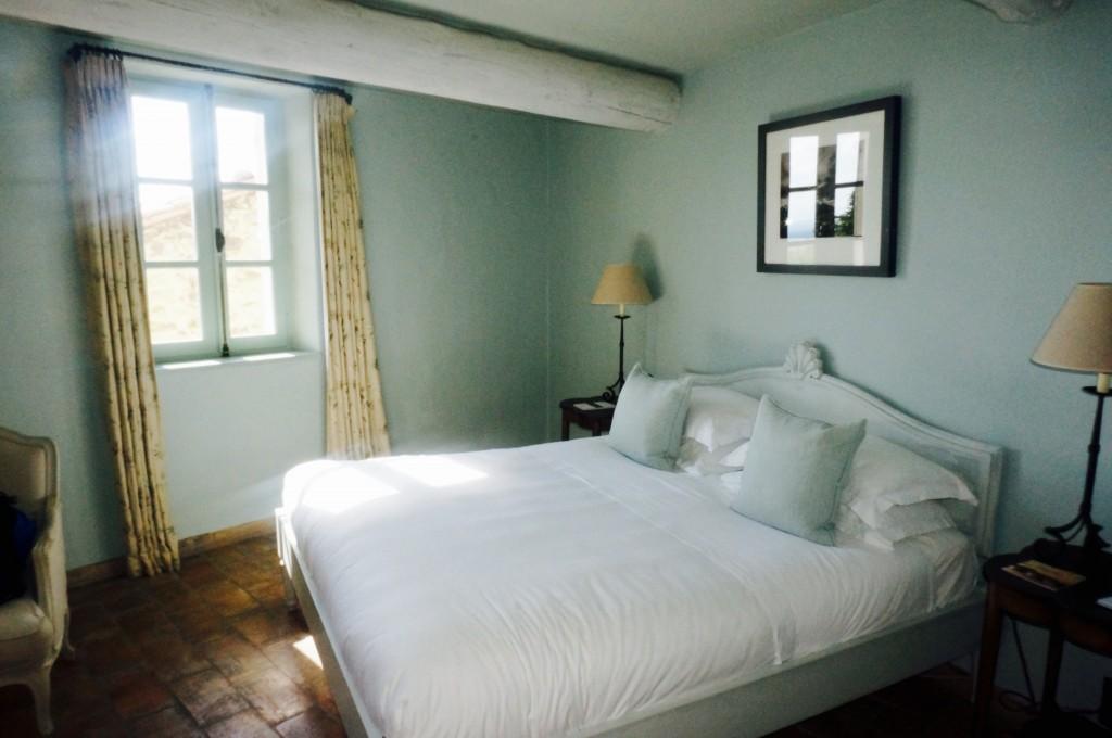 ladyhattan luxury travel blog provence tara schoen moss photography