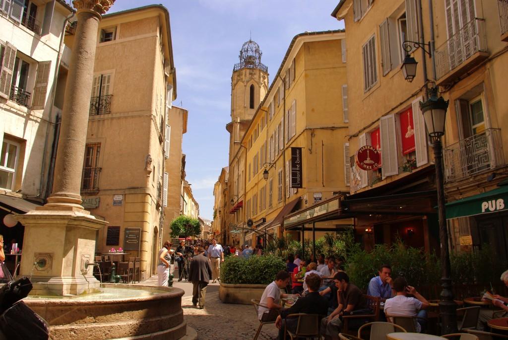 ladyhattan luxury travel blog nyc france provence tara schoen moss