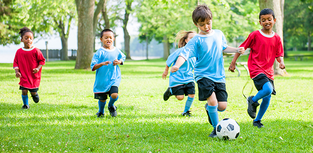 Should Kids Be Allowed To Play Soccer >> Five Reasons Kids Should Play Sports Outside Backyard Sports