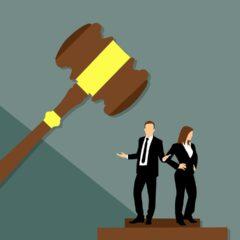 COMUNICACIÓN JUDICIAL: LIGEREZA O PERVERSIDAD