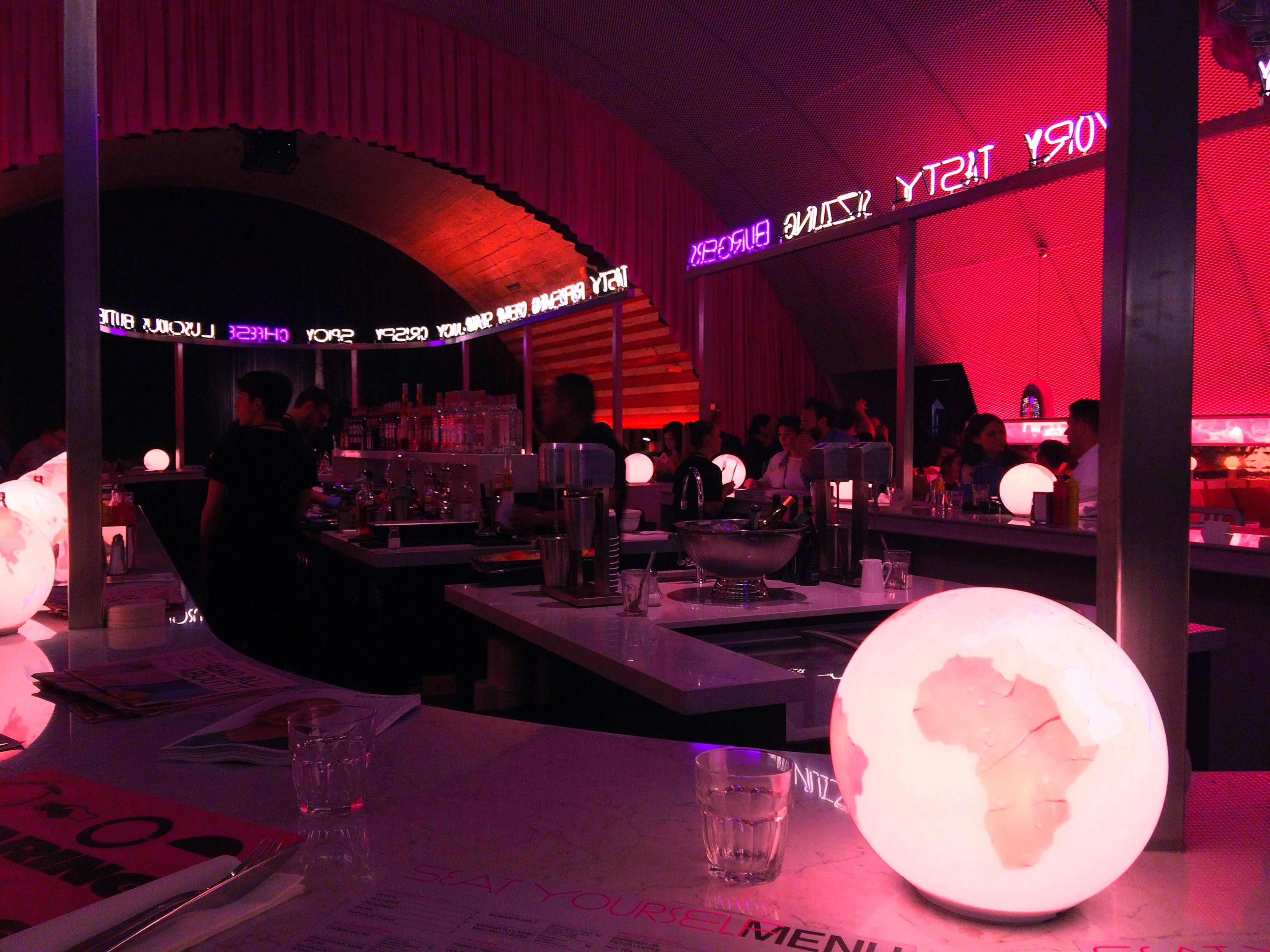 The Diner di David Rockwell per Surface al Fuorisalone 2018