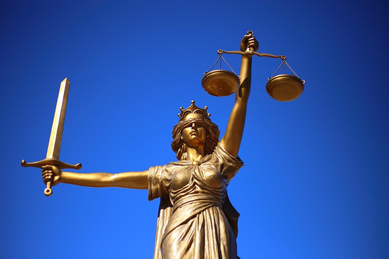 Mito Nostro Tempo Infallibilità Magistratura