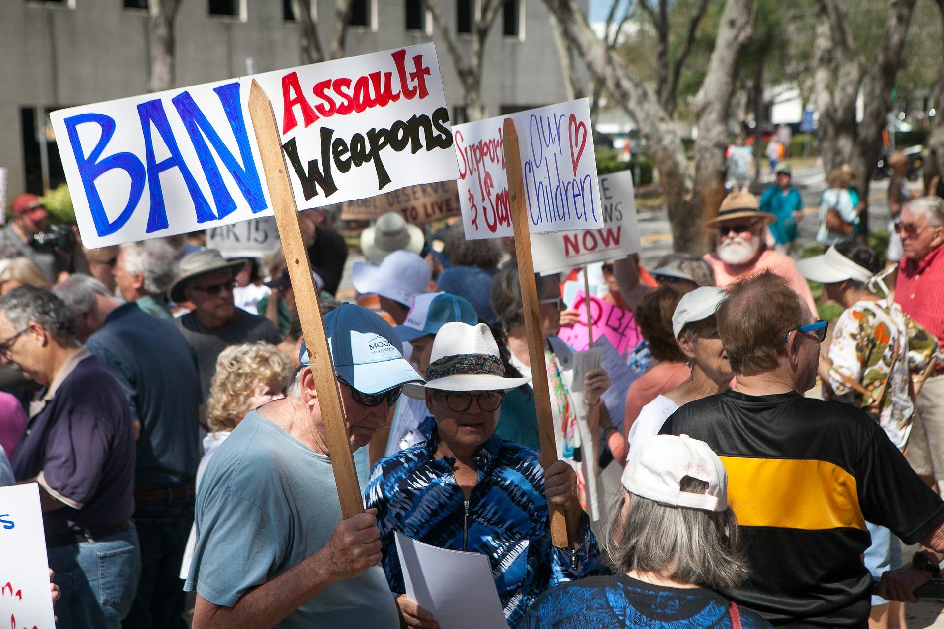 Ban Weapon