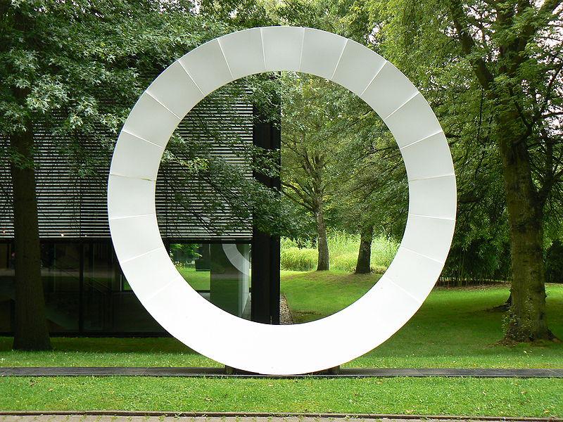 sculpture Scultura Progretto No. 205 (1974) by Marcello Morandini in sculpture park at Quadrat Bottrop in Bottrop/Germany
