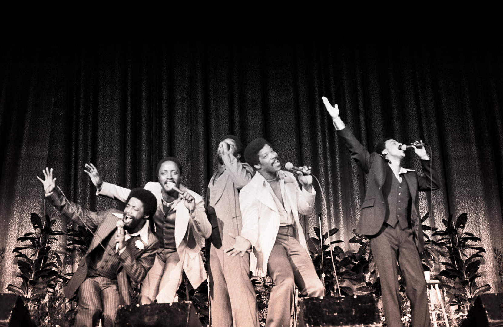 the persuasions a capella group