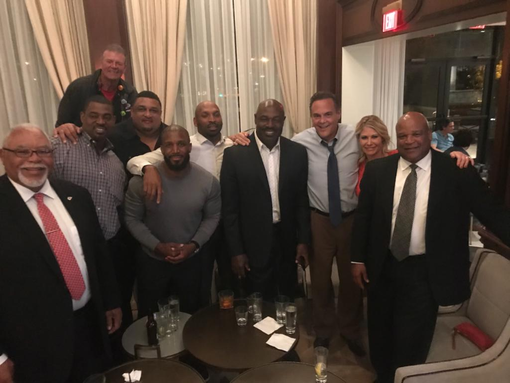 Priest Holmes Watches World Series Game 5 with Chiefs Greats   Priest Holmes Blogs & Press   Official Priest Holmes Website