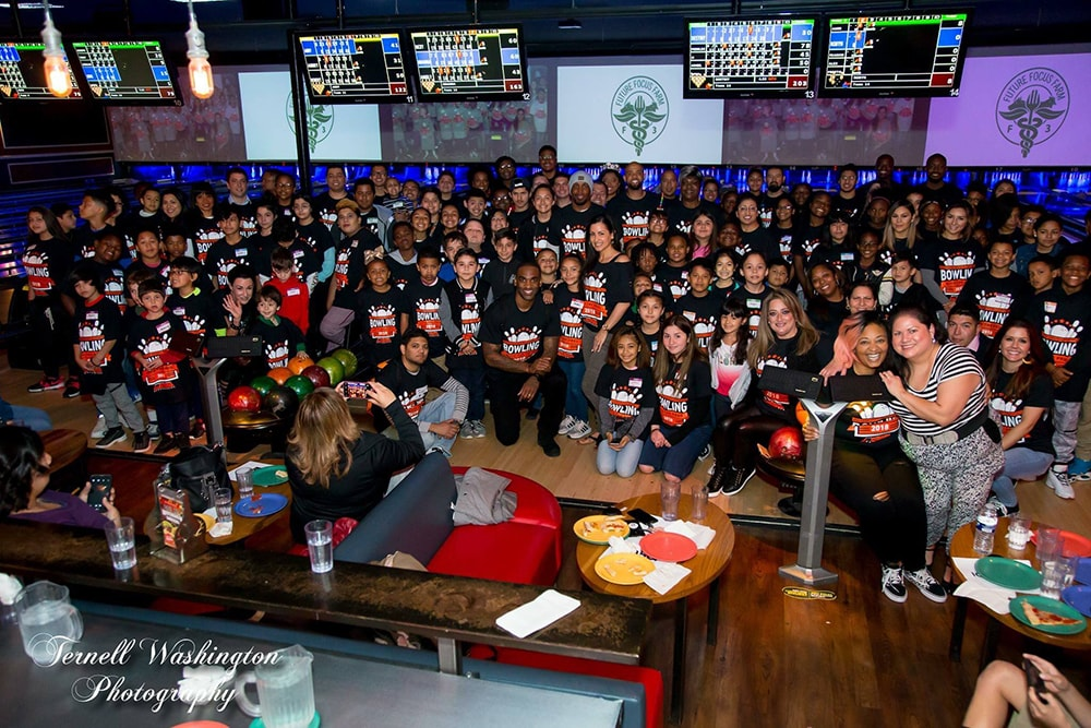 Priest Holmes, Breaking Down Walls, Bowling With The Pros