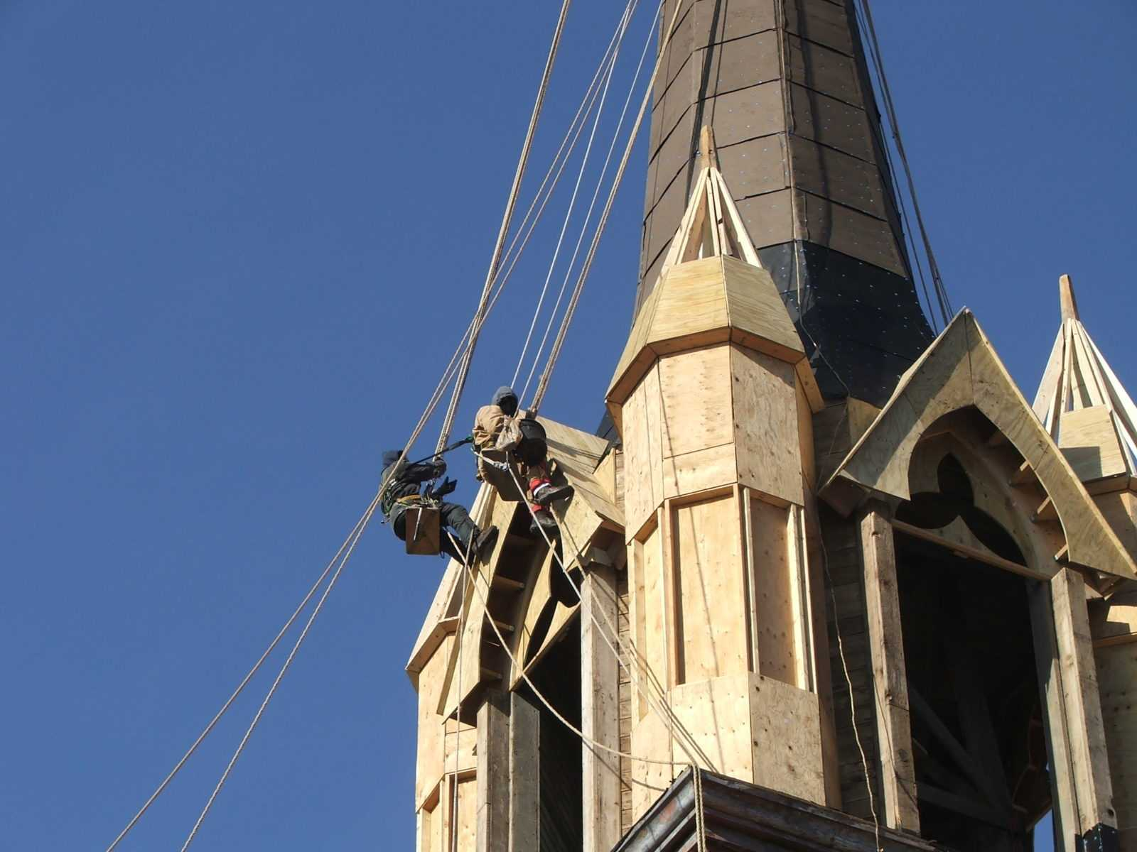 Coplete steeple restoration