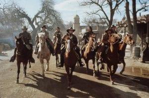regulators horse riding in Emilio Estevez, Charlie Sheen, Kiefer Sutherland, Casey Siemaskzo, Charlie Sheen, Dermot Mulroney, Lou Diamond Phillips