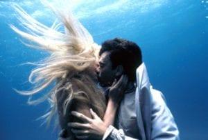 Splash Daryl Hannah Allen Bauer underwater kissing