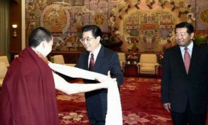 Hu Jintao meeting with Bainqen Erdini Qoigyijabu