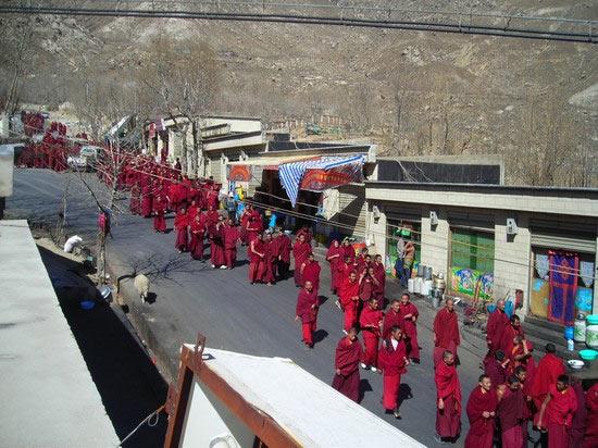 Monks demonstrating in Lhasa