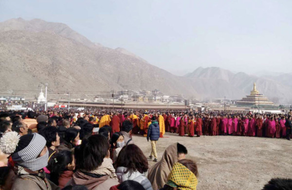 Tibetans attending a festival at Labrang monastery. (Image: RFA)