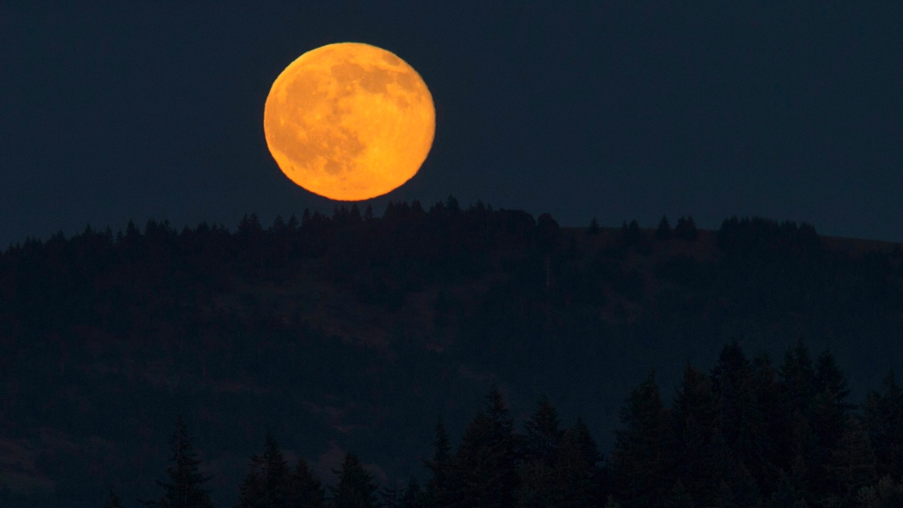 "Four Things to Know About Tonight's ""Strawberry Moon"""