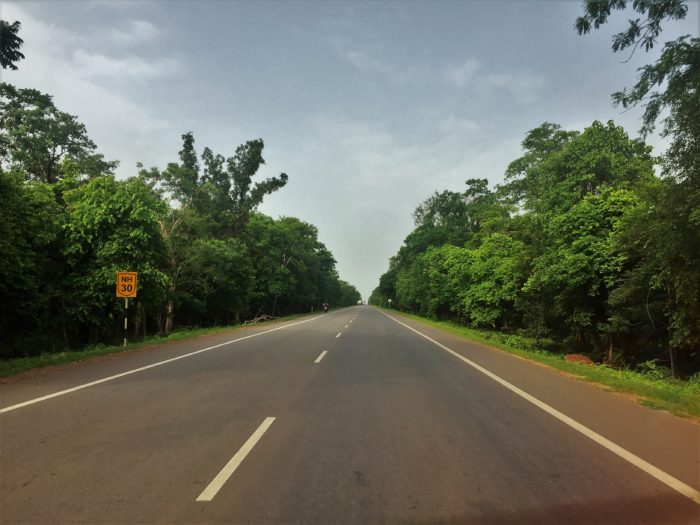 National Highway 30 en route Jagdalpur from Raipur