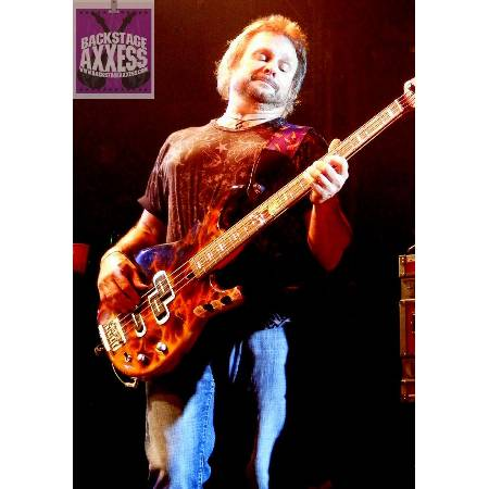 Michael Anthony (Chickenfoot) Interview