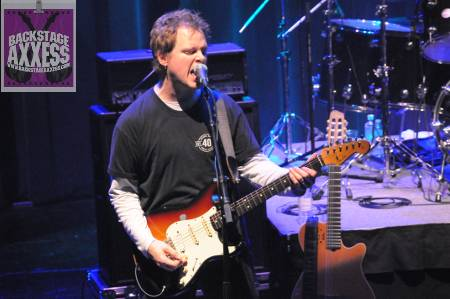 Dave Dunlop (The Strung-Out Troubadours / The Rik Emmett Band / The Full Nine) Interview