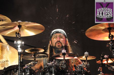 Mike Portnoy quits Dream Theater