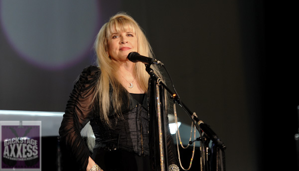 STEVIE NICKS 24 KARAT GOLD THE CONCERT COMES TO CINEMAS WORLDWIDE OCTOBER 21 & 25