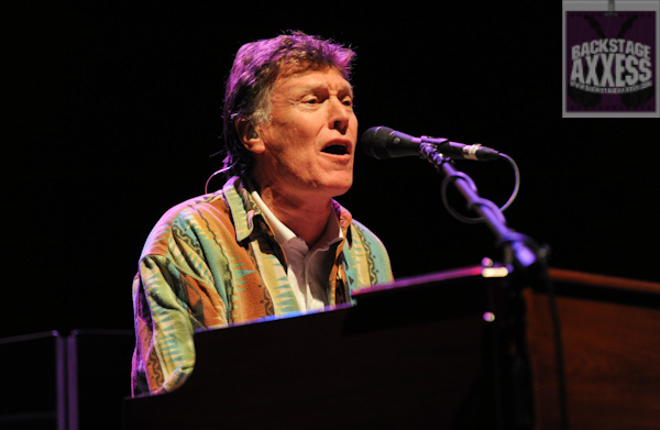 Steve Winwood and Michael Franti & Spearhead @ CMAC, Canandaigua, New York 6-1-12