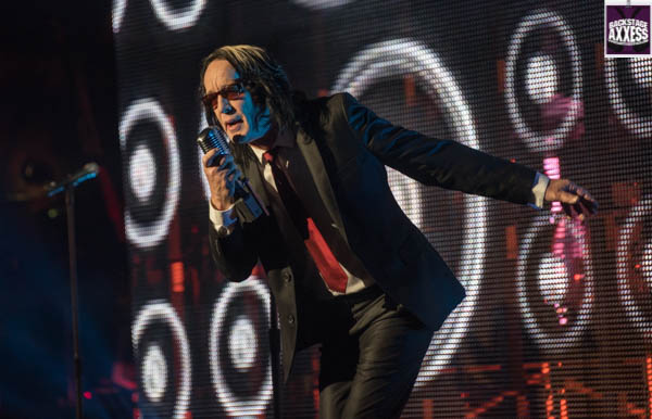 Todd Rundgren @ Ulster Performing Arts Center, Kingston, NY 5-13-17