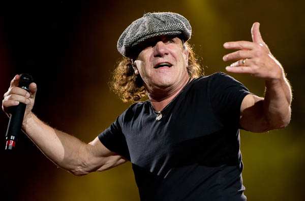 Brian Johnson confirms he will sing on new AC/DC record