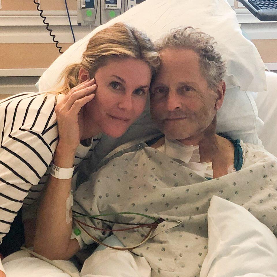 Lindsey Buckingham has open heart surgery