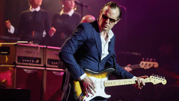 JOE BONAMASSA  ANNOUNCES 2019 SUMMER TOUR IN AMERICA