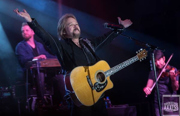 Travis Tritt, The Charlie Daniels Band and Cadillac 3 @ Weedsport Raceway Weedsport, NY 6-22-19