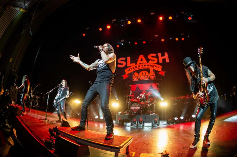 """Slash Ft Myles Kennedy And The Conspirators Debut """"Shadow Life"""" Off Forthcoming 'Living The Dream Tour,' Live Concert Due Out September 20"""