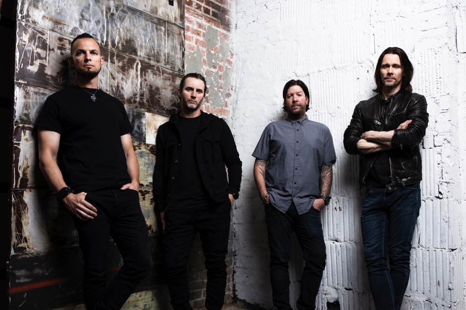 "ALTER BRIDGE ""TAKE THE CROWN"" WITH LYRIC VIDEO FOR LATEST SONG FROM THE UPCOMING ALBUM WALK THE SKY"
