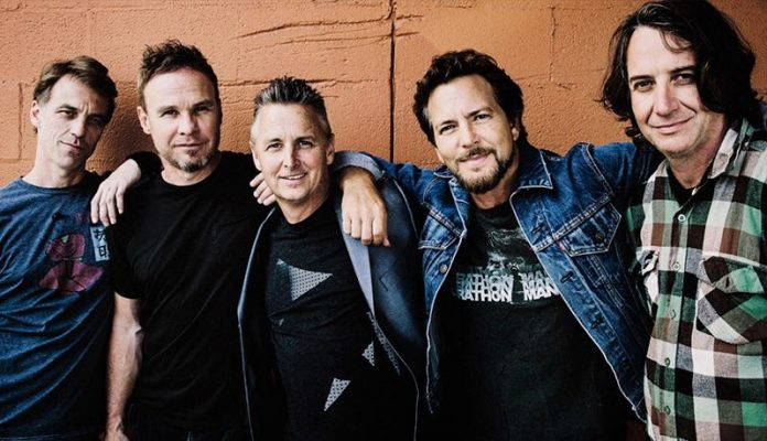 Pearl Jam announces 2020 tour with the Pixies