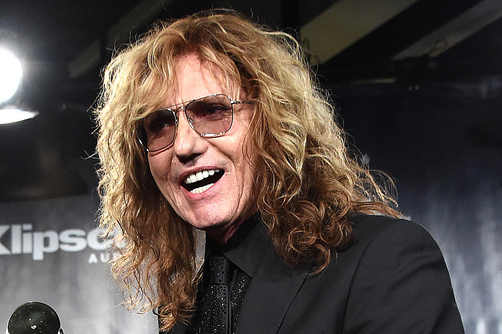 WHITESNAKE's DAVID COVERDALE To Undergo Surgery For Bilateral Inguinal Hernia; U.S. And European Tour Dates Canceled