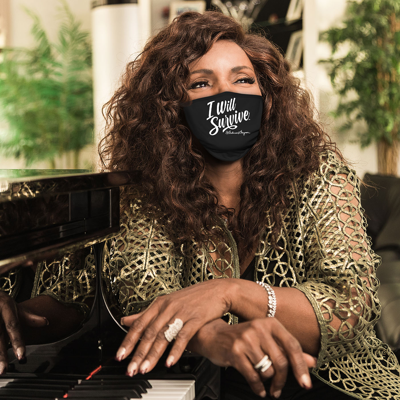 """GLORIA GAYNOR Launches """"I Will Survive"""" Masks"""