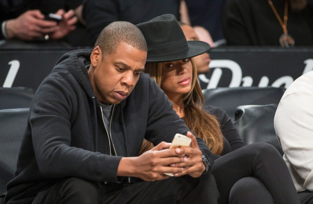 Jay-Z and Beyonce cell phone