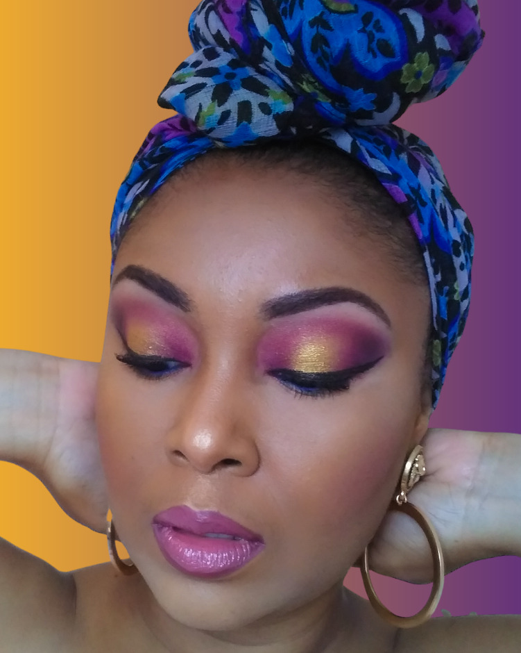 This Bahamian Gyal blogger, Rogan Smith poses in LA Lakers colours in honour of Kobe Bryant Day on August 24th.