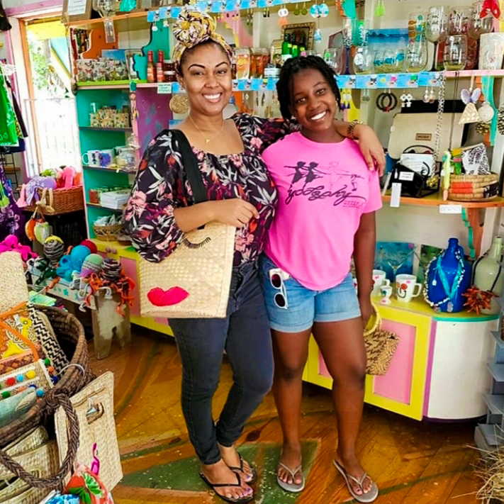 This Bahamian Gyal blogger, Rogan Smith poses with her niece, Tatyana in a craft store in Nassau, Bahamas.