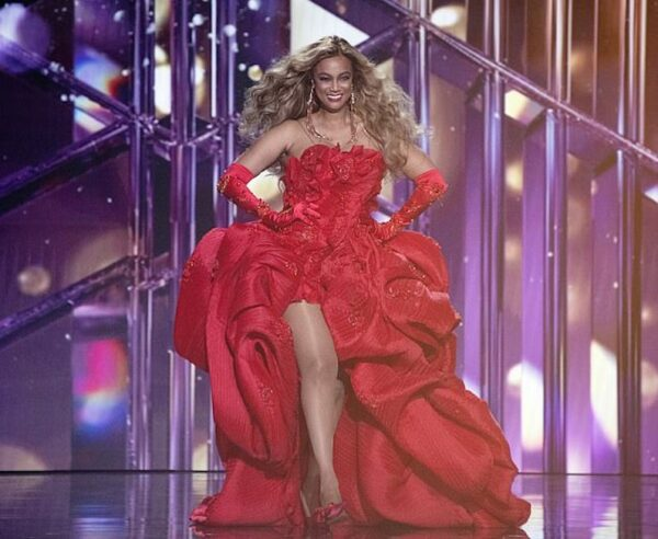 Tyra Banks red dress Dancing With The Stars