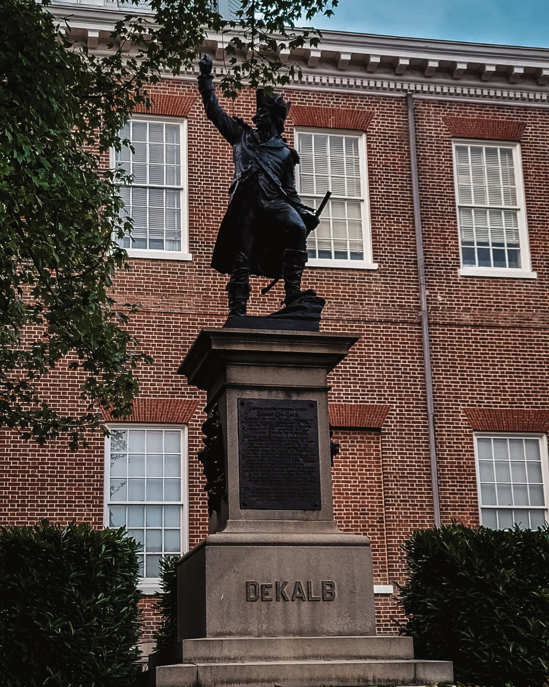 Photo shows Johann de Kalb monument in Annapolis, Maryland. I find that touring the city on foot is one of the best things to do when you visit Annapolis.