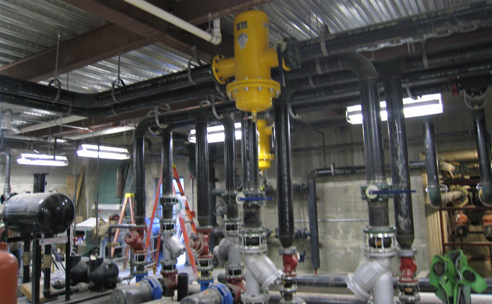 Mechanical Plumbing Pipes