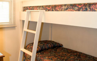 The Eagle's Nest bedroom with built-in bunk beds suitable for children