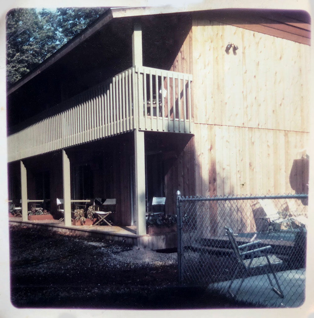 Exterior of Shallows motel from the 1960s